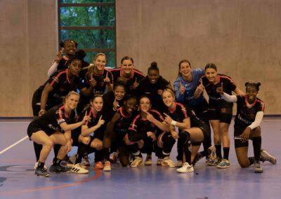 Photo d'équipe à l'issue de la victoire face au Pouzin